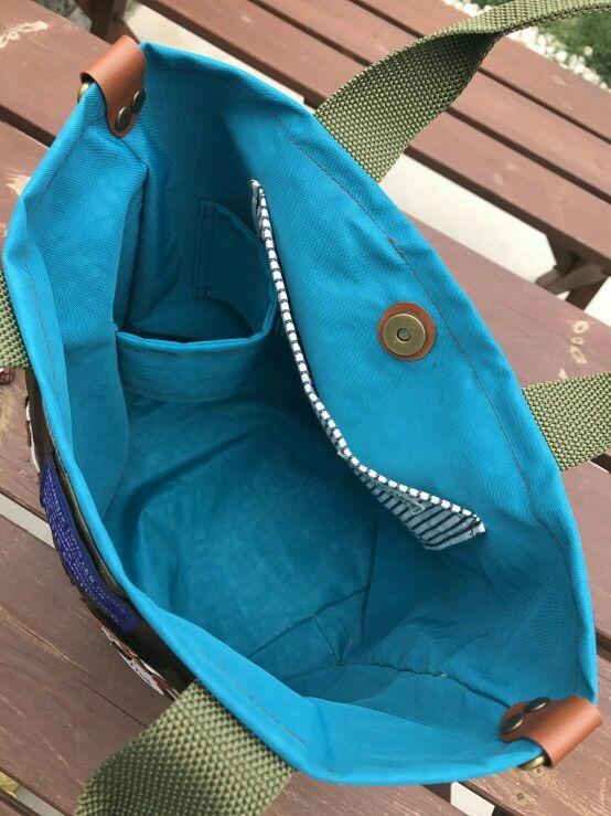 お散歩バッグにペットボトルホルダー機能追加